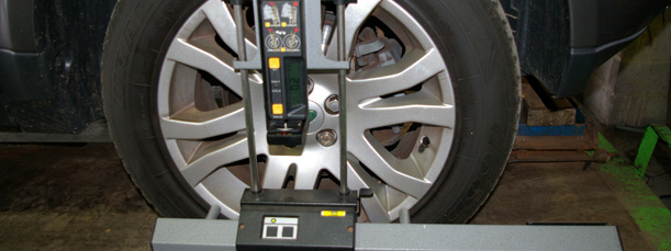 Tyre and whhel alignment equipment